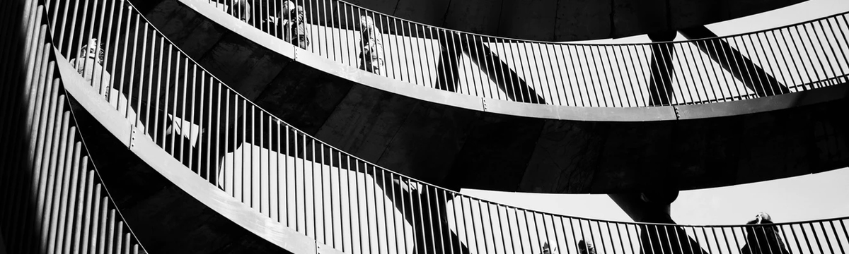 leading lines black and white architecture